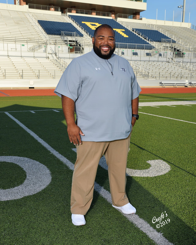 ​Larry Denkins – Head Athletic Trainer